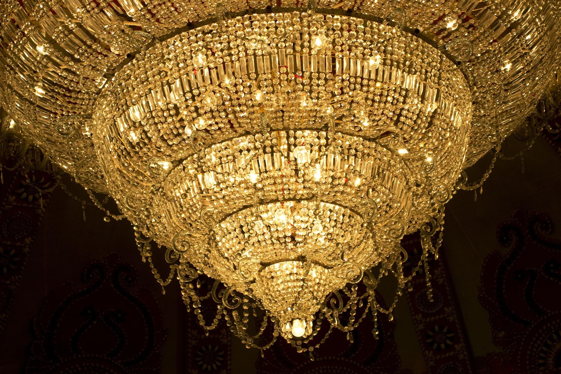 Lampy wiszące do sypialni, salonu, kuchni