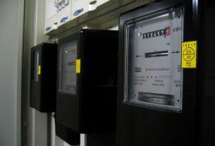 Liczniki energii elektrycznej – jakie wybrać?