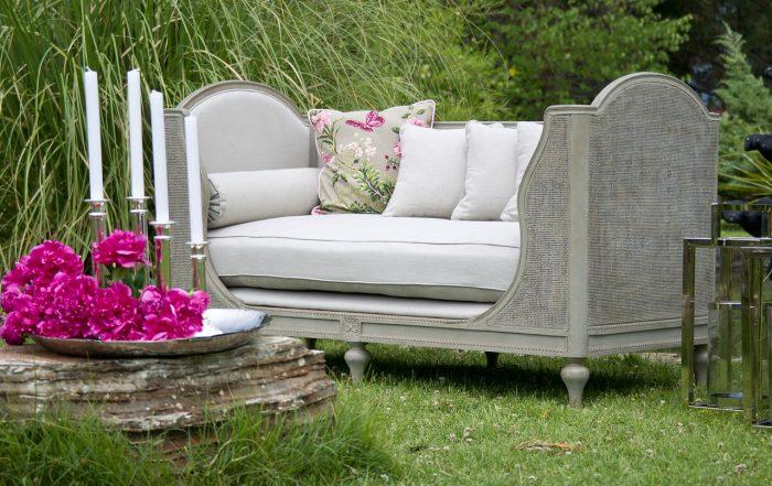 Komfortowy wypoczynek w ogrodowym cieniu