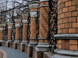 Dobrze przygotowana konstrukcja bram
