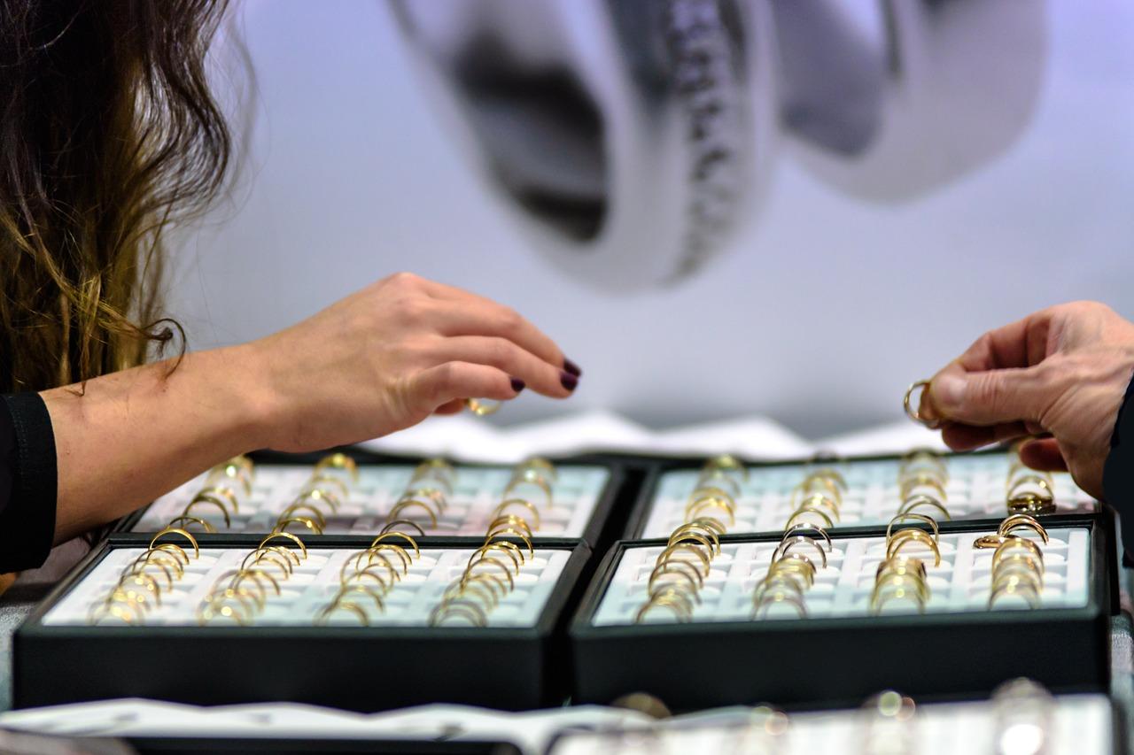 Delikatne bransoletki - dlaczego warto je mieć?